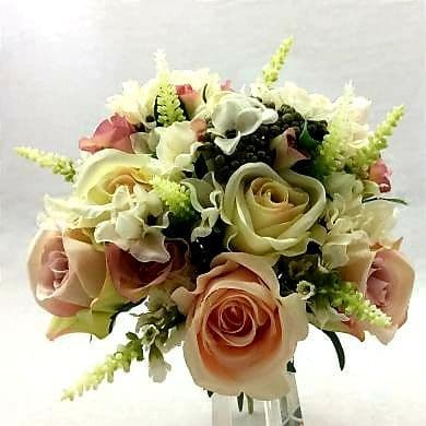 VIntage inspired rose and hydrangea bridal bouquet