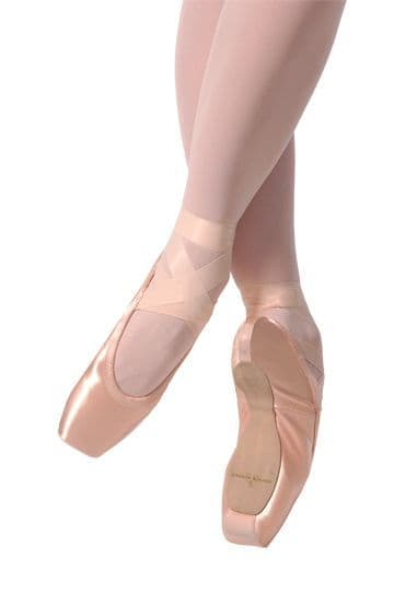 Gaynor Minden Pointe Shoes (Classic Fit CL)