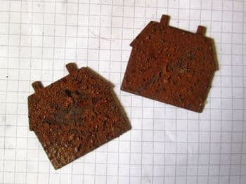 Rusty Tin House  two chimney 37mm