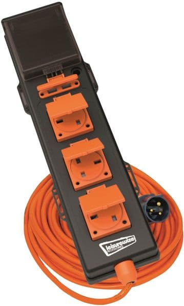 Leisurewize 5 Way 240V Mobile Mains Unit RCD 5-in-1 Hook Up Cable with USB Points