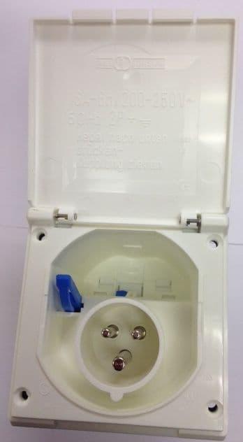 Mains 240v Inlet Flush Fitting Square