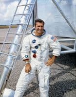 030 NASA Apollo 12 Astronaut - Richard 'Dick' Gordon