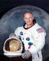 031 NASA Apollo 11 Astronaut - Edwin 'Buzz' Aldrin