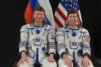 International Space Station Expedition 19 Official Crew Photograph