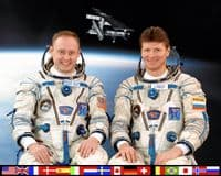 International Space Station Expedition 9 Official Crew Photograph